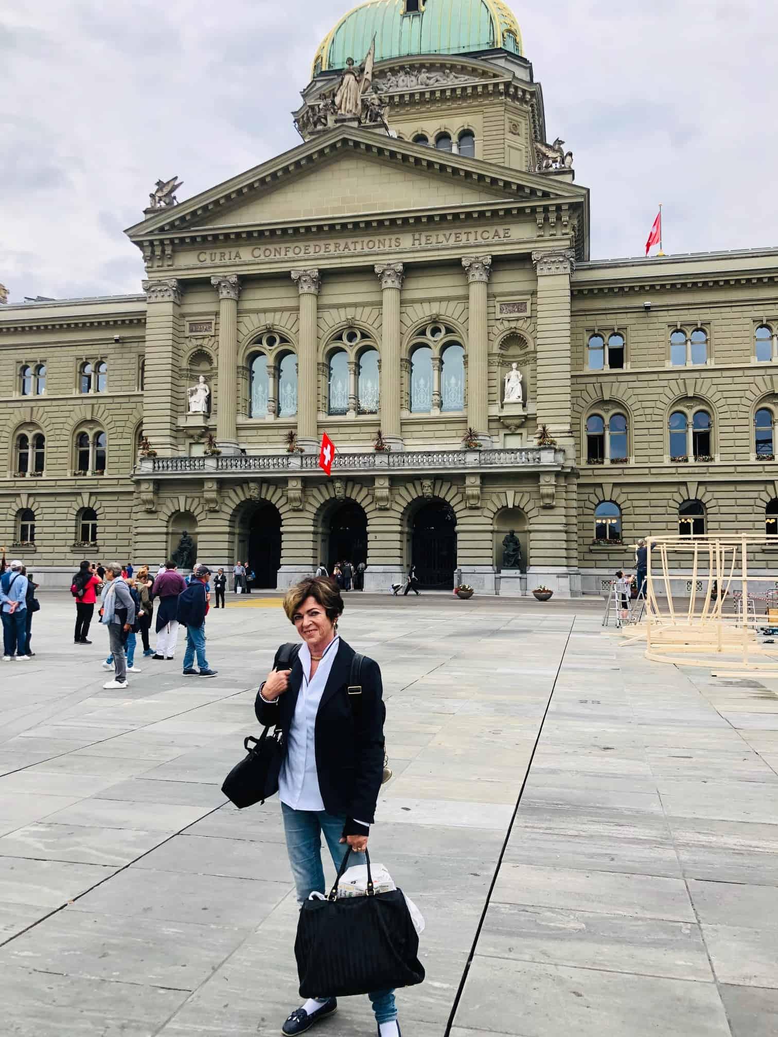 Bianca vor dem Bundeshaus